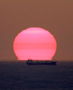 Australia bans super trawlers